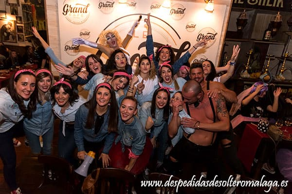 Pack Málaga centro en sala Hollywood