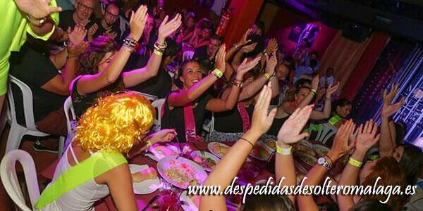 Petit Cabaret restaurante (antigua sala Época) para despedidas en Málaga